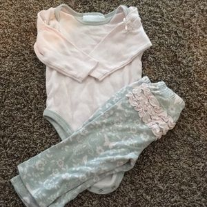 Insanely Cute Baby Girl Outfit